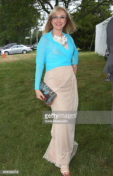 Cat De Monchy attends the Southampton Hospital's 56th Annual 'Endless Summmer' party on August 2 2014 in Southampton New York