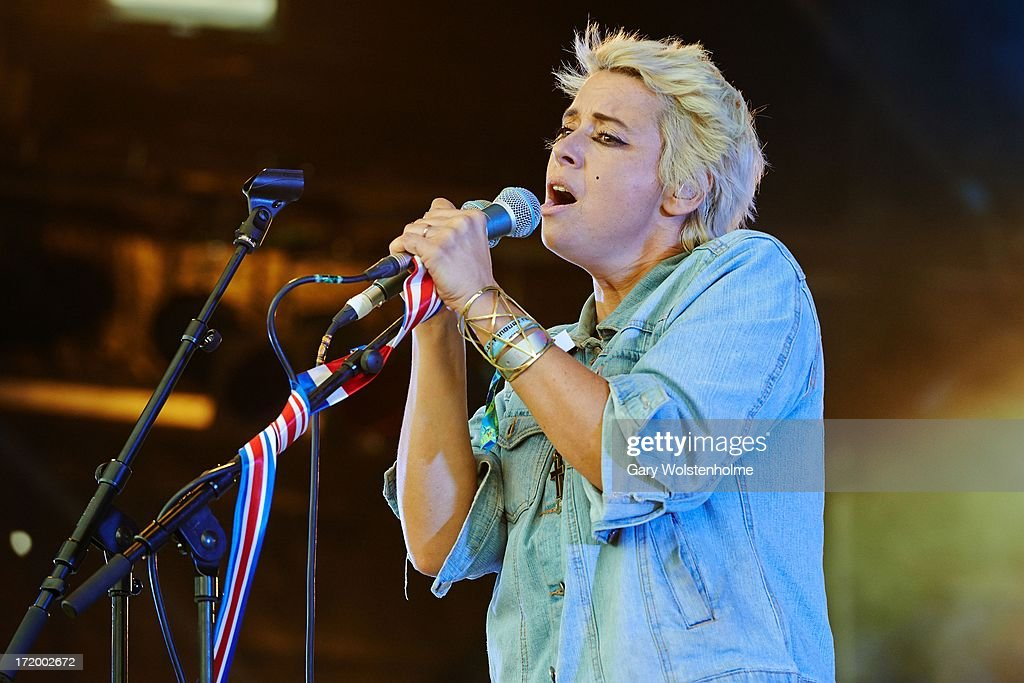 Cat Power performs on stage on Day 4 of Glastonbury Festival at Worthy Farm on June 30, 2013 in Glastonbury, England.