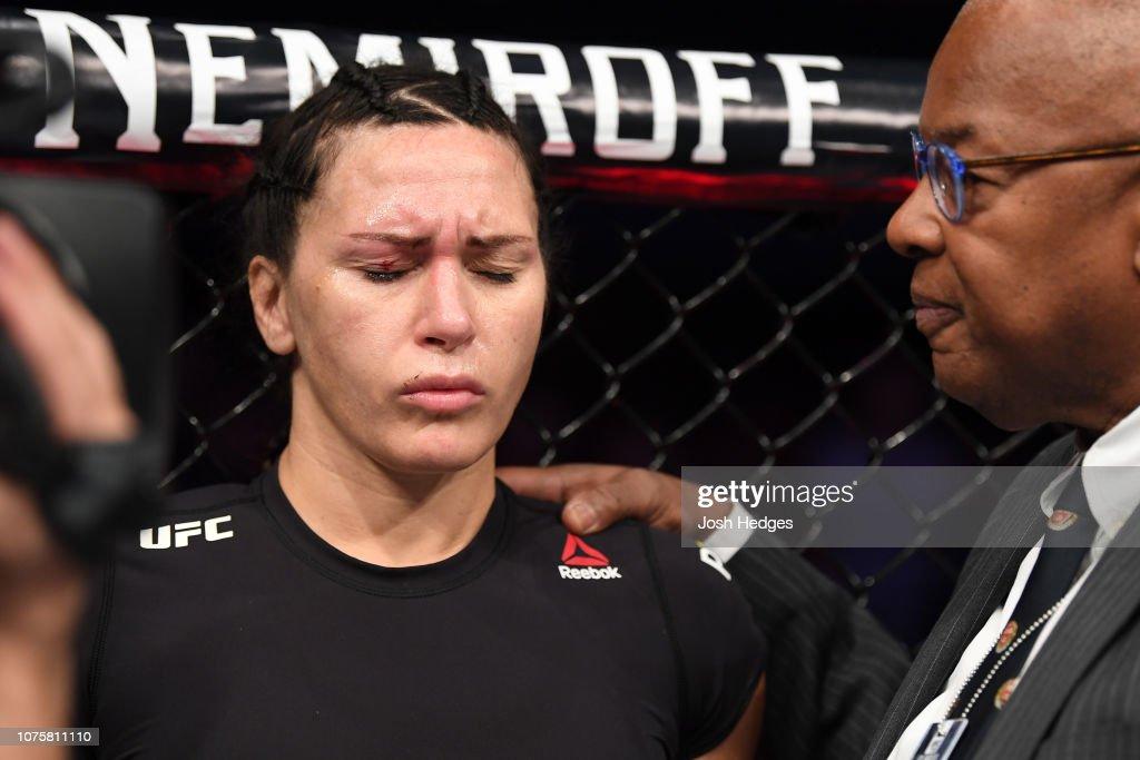 UFC 232: Zingano v Anderson : ニュース写真