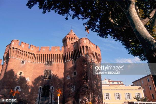 Perpignan the Castillet on Place de la Victoire The main gate of the second Medieval surrounding wall the Castillet holds the Casa Pairal a Catalan...