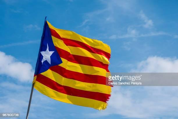 catalan flag - katalonien stock-fotos und bilder