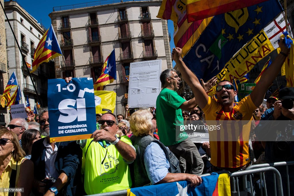 Catalan Independence supporters attend a demonstration of Catalan Mayors backing Independence Referendum on September 16, 2017 in Barcelona, Spain. 712 Catalan mayors who have backed the independence referendum were summoned by Spain's State Prosecutor over the independence vote, threatening arrests over non-cooperation. The vote on breaking away from Spain was called by the Catalan government for October 1, 2017 but was suspended by the Spanish Constitutional Court following a demand from the Spanish Government. Catalan and Spanish security forces have been instructed by Spain's Public Prosecutor's Office to take all the elements which could promote or help to celebrate the referendum. This includes ballots, ballots boxes and promotional material.