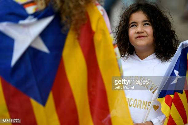 Catalan independence supporters gather outside of the Palau Catalan Regional Government Building on October 28 2017 in BarcelonaSpain The Spanish...