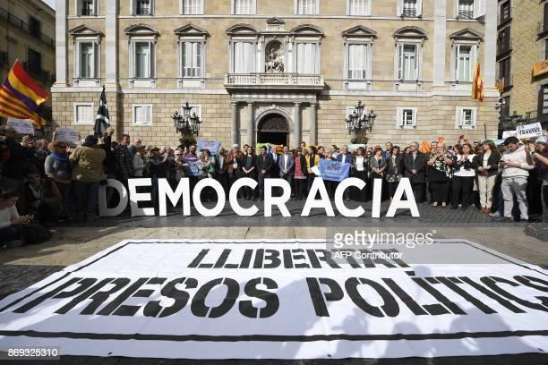 Catalan National Assembly president Agusti Alcoberro Barcelona mayor Ada Colau Barcelona city councillor Gerardo Pisarello and Catalunya Si party...