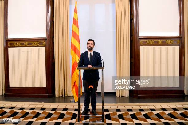 TOPSHOT Catalan parliament speaker Roger Torrent holds a press conference at the Catalan regional parliament in Barcelona on January 26 2018 Spain...