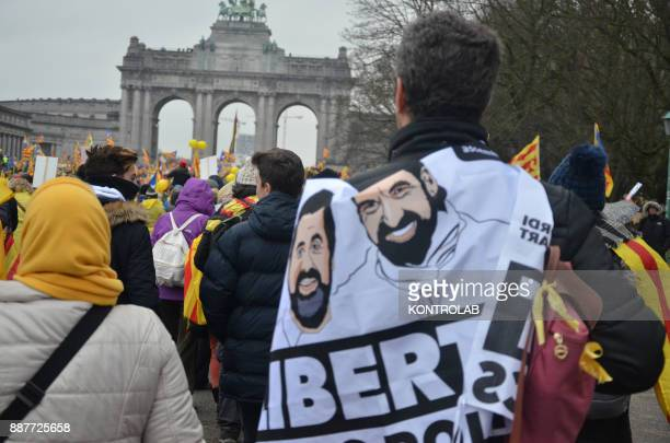 Catalan protesters during the parade in Brussels to protest against Europe by inviting Europe to 'wake up' on the Catalan question Carles Puigdemont...
