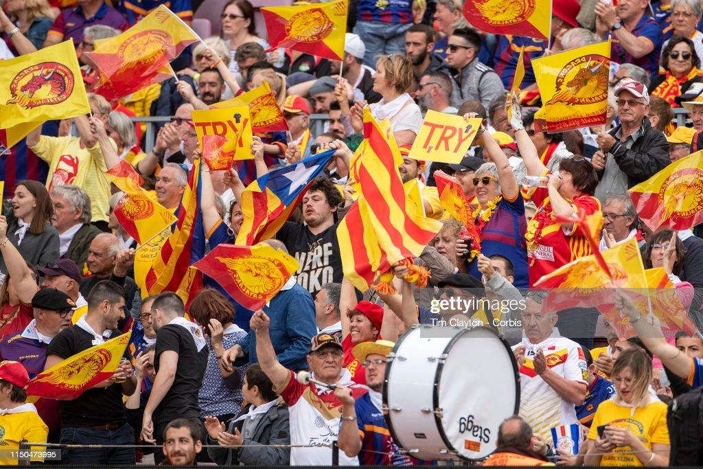Catalans Dragons V Wigan Warriors. Nou Camp, Barcelona. : News Photo