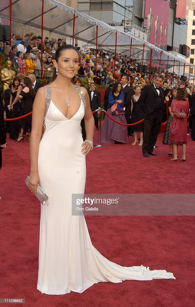 Catalina Sandino Moreno, nominee Best Actress in a Leading Role for 'Maria Full of Grace'
