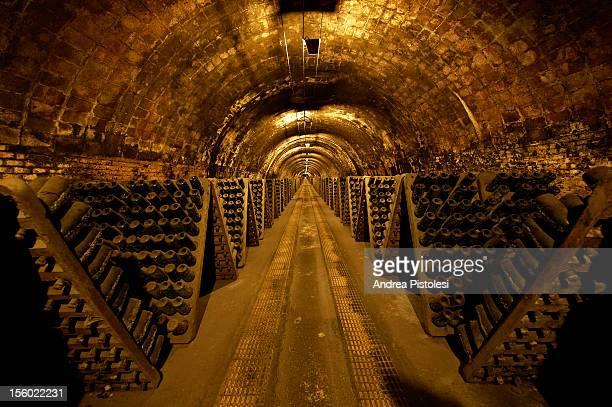 catalonia wine region cellars - ワインセラー ストックフォトと画像