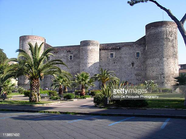 catania castle - catania stock pictures, royalty-free photos & images