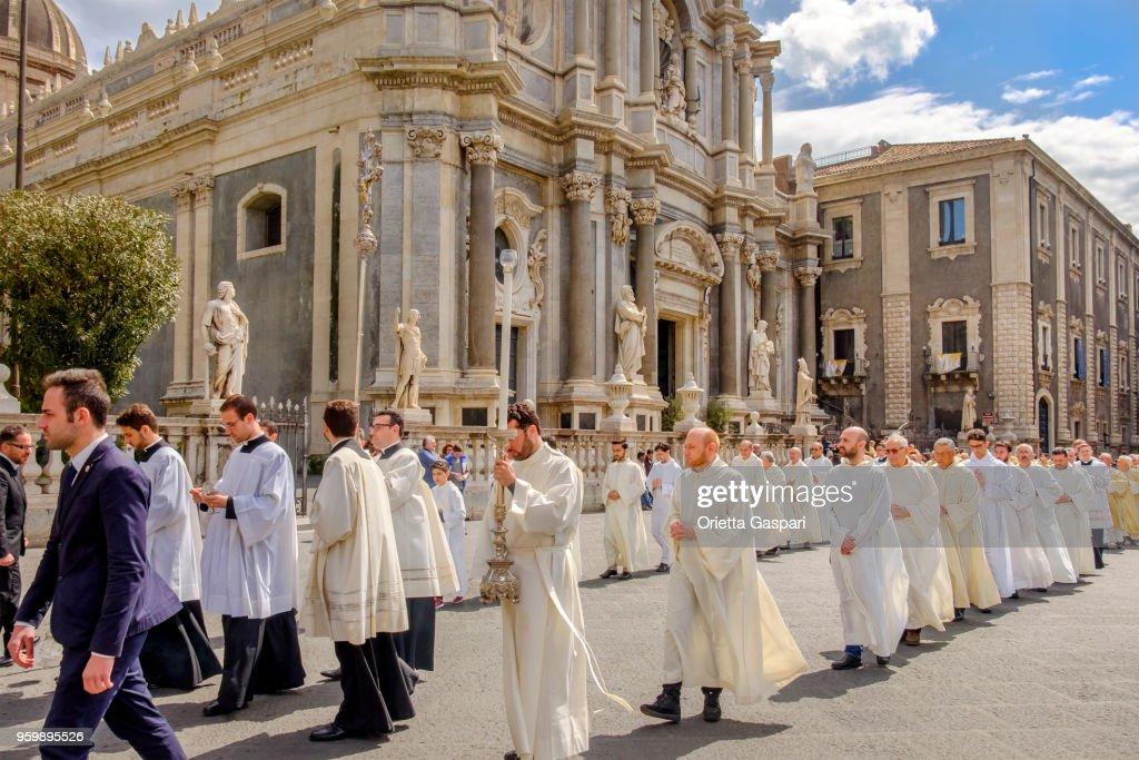Catania, Gründonnerstag bei der Kathedrale St. Agatha - Sizilien, Italien : Stock-Foto