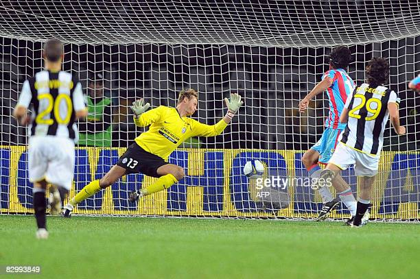 Catania's striker Gianvito Plasmati scores during the Italian serie A football match between Juventus and Catania in Turin on September 24 2008 AFP...