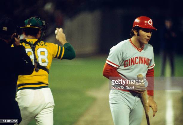 Catcher Johnny Bench of the Cincinnati Reds walks off the field during the World Series against the Oakland Athletics at the OaklandAlameda County...