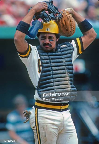 Catcher Tony Pena of the Pittsburgh Pirates puts on his mask during a Major League Baseball game at Three Rivers Stadium in 1982 in Pittsburgh,...