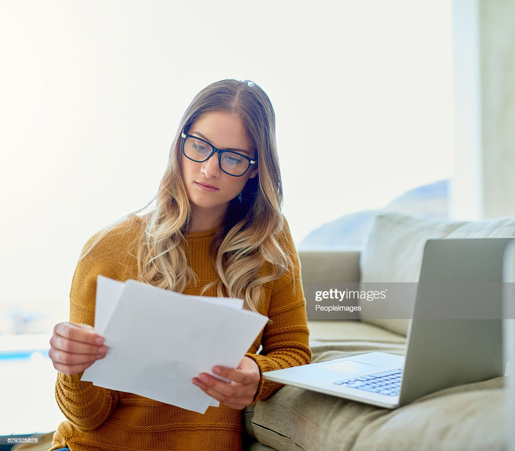 Catching up on a bit of work over the weekend : Stock Photo