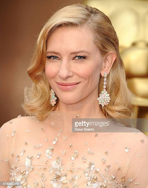Cate Blanchett arrives at the 86th Annual Academy Awards at Hollywood Highland Center on March 2 2014 in Hollywood California