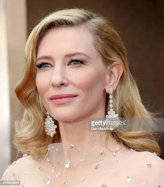 Cate Blanchett arrives at the 86th Annual Academy Awards at Hollywood Highland Center on March 2 2014 in Los Angeles California