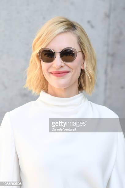 Cate Blanchett arrives the Giorgio Armani show during Milan Fashion Week Spring/Summer 2019 on September 23 2018 in Milan Italy