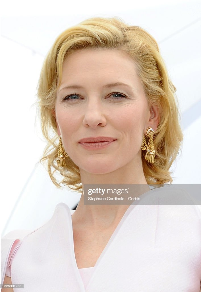 Cate Blanchett at the photo call for ?Robin Hood? during the 63rd Cannes International Film Festival.