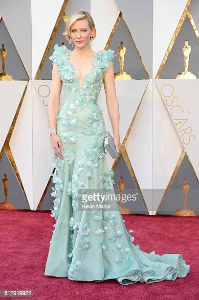 Cate Blanchett attends the 88th Annual Academy Awards at Hollywood & Highland Center on February 28, 2016 in Hollywood, California.