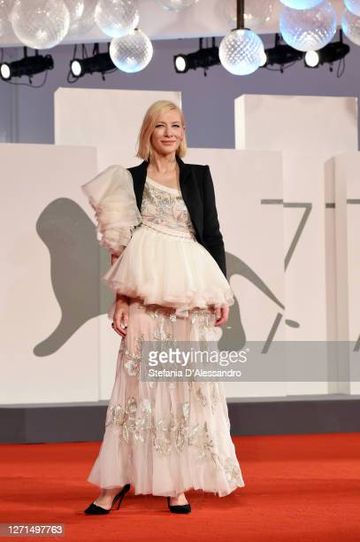 """Cate Blanchett walks the red carpet ahead of the movie """"Di Yi Lu Xiang"""" at the 77th Venice Film Festival on September 08, 2020 in Venice, Italy."""