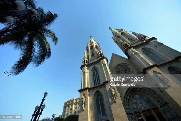catedral da sé - são paulo photos et images de collection