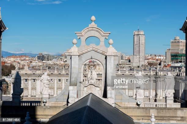 catedral de almudena, madrid - アルムデナ大聖堂 ストックフォトと画像