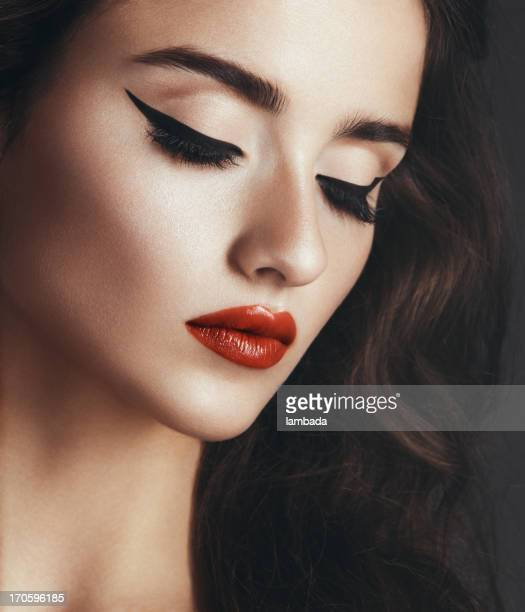 cat-eye make up - eye make up stock photos and pictures