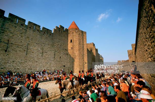 every year in August medieval festivities in Carcassonne recall the city's great history Pays cathare Carcassonne chaque année en août les fêtes...