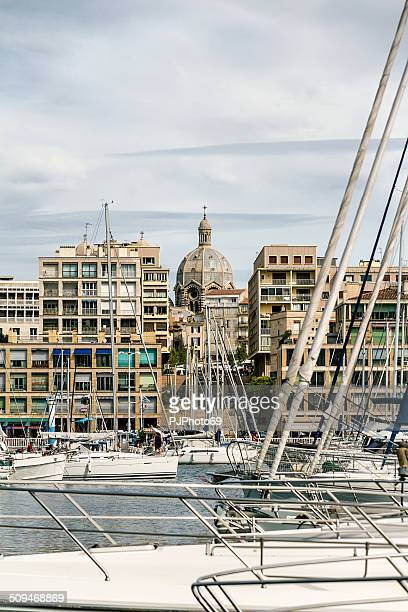 cathédrale la major from the vieux port of marseille - pjphoto69 stock pictures, royalty-free photos & images