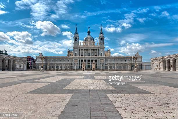 Cathédrale de l'Almudena de Madrid, Espagne
