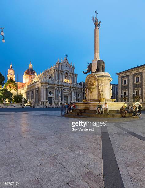 Cathedral and Elephant Fountain in Catania at dusk