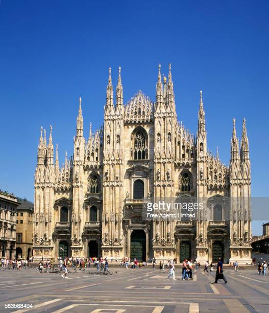 Cathedral and Piazza del Duomo in Milan