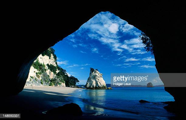 Cathedral Cove beach through an archway.