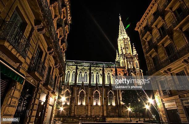 cathedral de san sebastian vista lateral - vista lateral stock-fotos und bilder