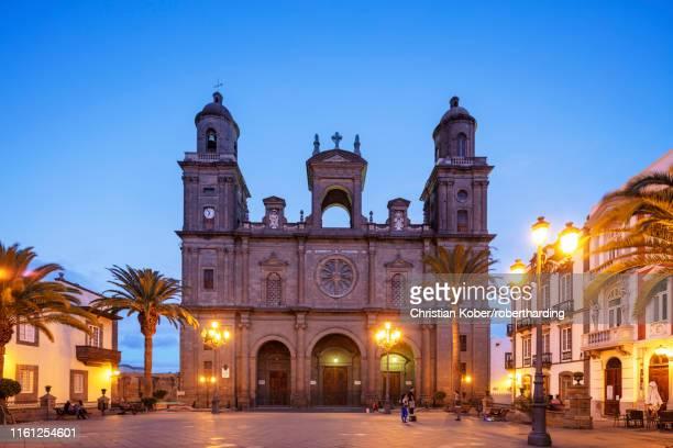 cathedral de santa ana, santa cruz de gran canaria, gran canaria, canary islands, spain, atlantic, europe - las palmas cathedral stock pictures, royalty-free photos & images