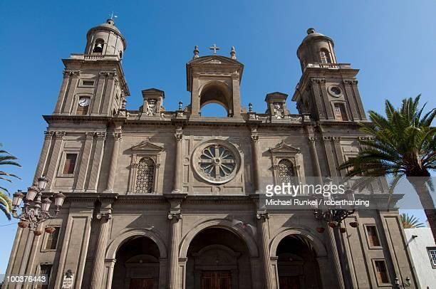 cathedral de santa anna, las palmas, gran canaria, canary islands, spain, europe - las palmas cathedral stock photos and pictures