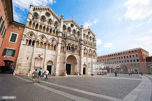 大聖堂で、イタリアフェラーラ