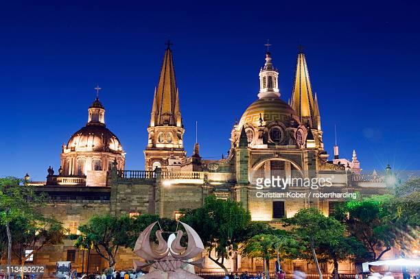 cathedral in plaza de armas, guadalajara, mexico, north america - guadalajara mexico stock pictures, royalty-free photos & images