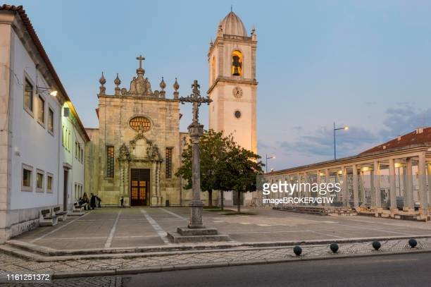 cathedral of aveiro or church of st. dominic at twilight, aveiro, venice of portugal, beira litoral, portugal - {{asset.href}} stock pictures, royalty-free photos & images