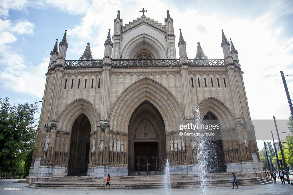 Cathedral of María Inmaculada in Vitoria-Gasteiz : Stock Photo
