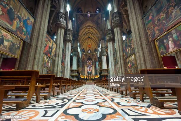 cathedral of milan interior view duomo di milano - duomo di milano foto e immagini stock