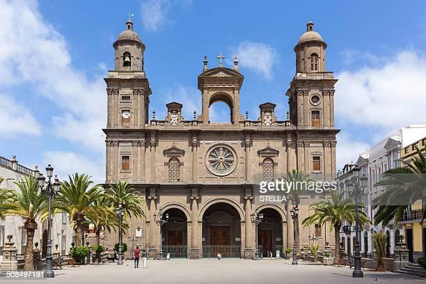cathedral of santa ana, las palmas de gran canaria, gran canaria, canary islands, spain - las palmas cathedral stock photos and pictures