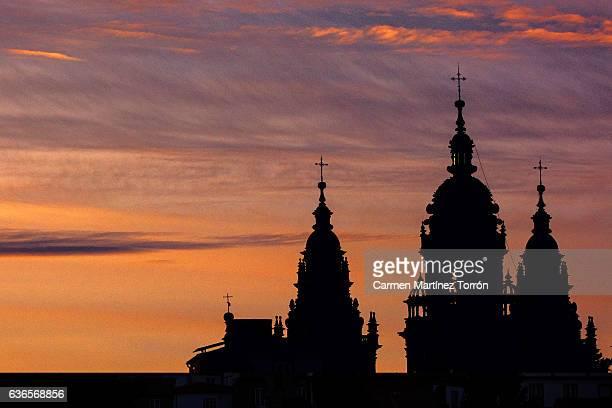 cathedral of santiago de compostela at sunset, galicia. spain. - provincia de a coruña fotografías e imágenes de stock