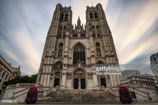 cathedral of st. michael and st. gudula in brussels, belgium - cathedral of st. michael and st. gudula stock photos and pictures