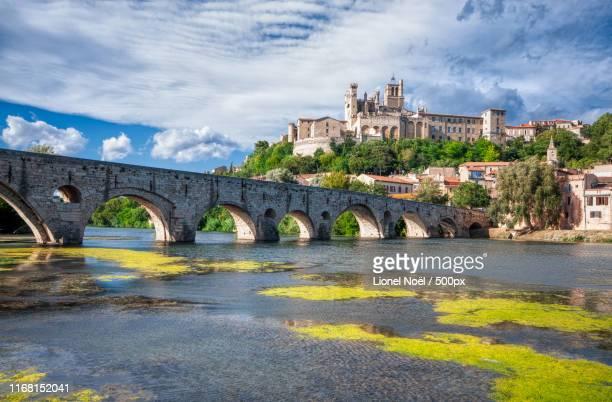 cathedral of st nazaire beziers - hérault stockfoto's en -beelden