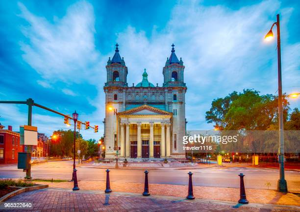 cathedral of the sacred heart in richmond, virginia - richmond virginia stock pictures, royalty-free photos & images