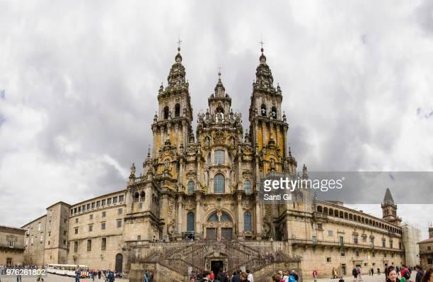 cathedral - cattedrale di san giacomo a santiago di compostela foto e immagini stock