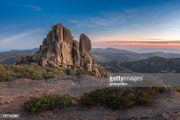 cathedral rock at sunrise, hume, victoria, australia - rock formation stock pictures, royalty-free photos & images