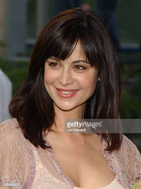 """Catherine Bell during """"Lemony Snicket's A Series Of Unfortunate Events"""" World Premiere - Arrivals at Grauman's Chinese Theater in Hollywood,..."""